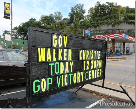Scott Walker Chris Christie Hudson Wisconsin Victory Center IMG_6432x