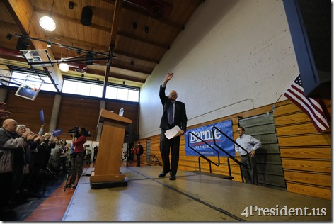 Bernie Sanders Town Meeting Photos, Minneapolis, Minnesota, May 31, 2015, Minneapolis American Indian Center, 3 of 3 IMG_2639