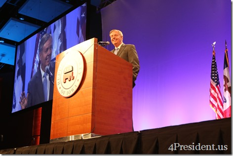 Lindsey Graham Iowa GOP Lincoln Dinner Photos, May 16, 2015, Des Moines, Iowa #LincolnDinner IMG_2464