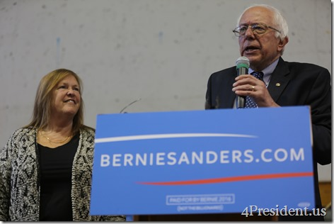 Bernie Sanders Town Meeting Photos, Minneapolis, Minnesota, May 31, 2015, Minneapolis American Indian Center, 1 of 3 IMG_2542