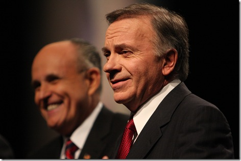 Des Moines Register Debate Tom Tancredo Photo